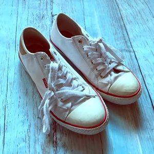 Levi's Canvas White Shoes